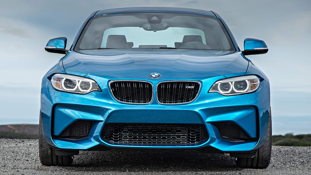 2016 BMW M2 front view