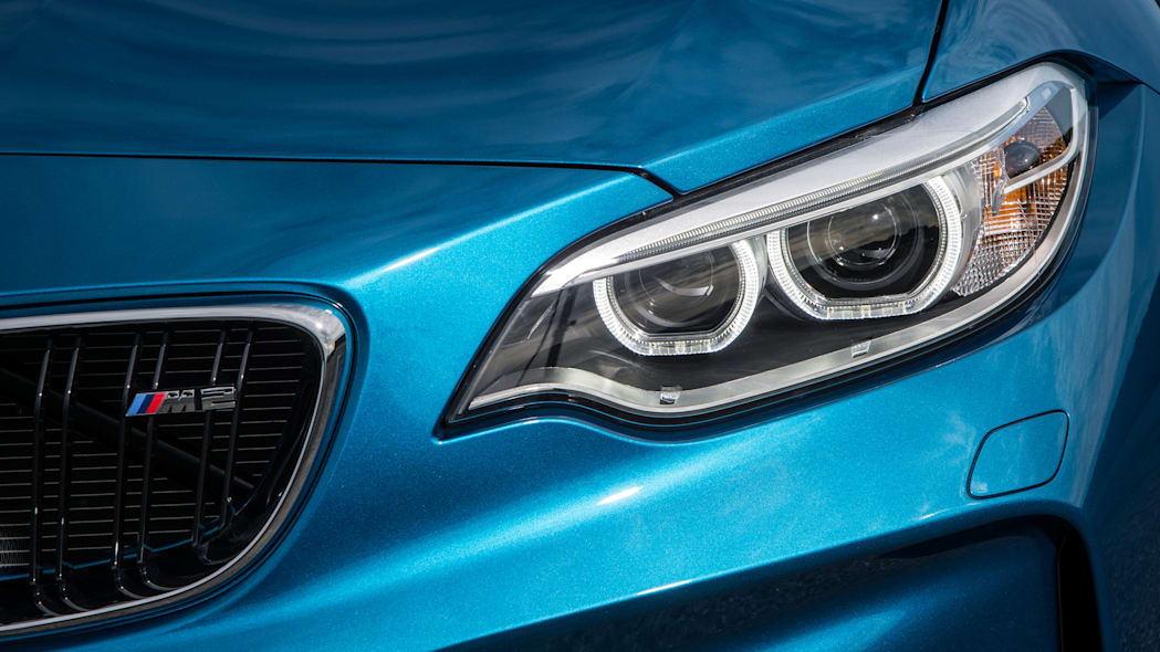 2016 BMW M2 headlight