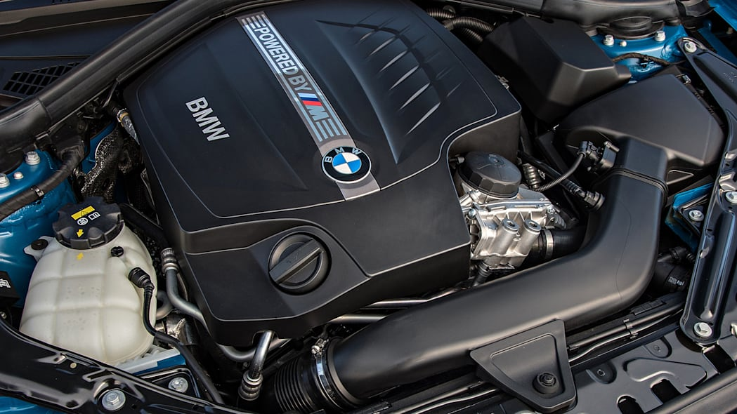 2016 BMW M2 engine