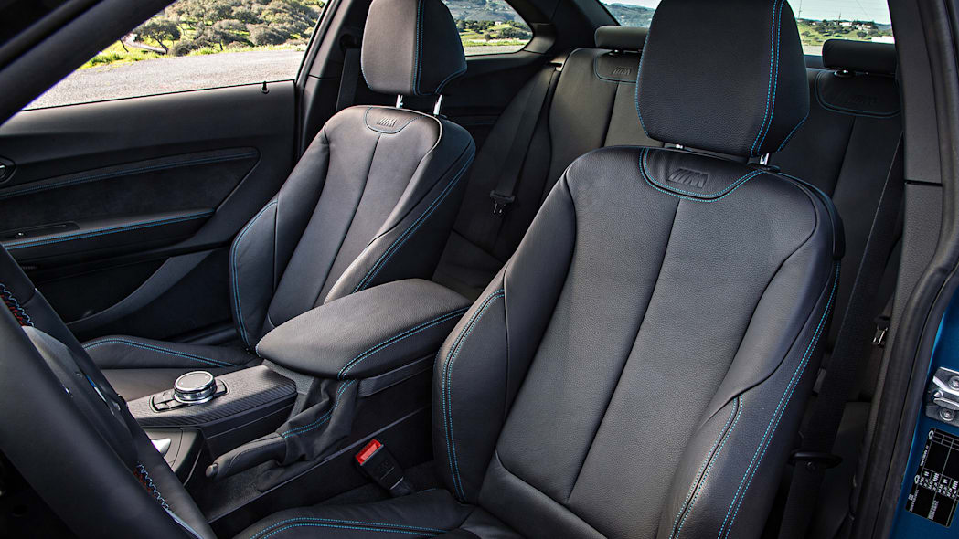 2016 BMW M2 front seats