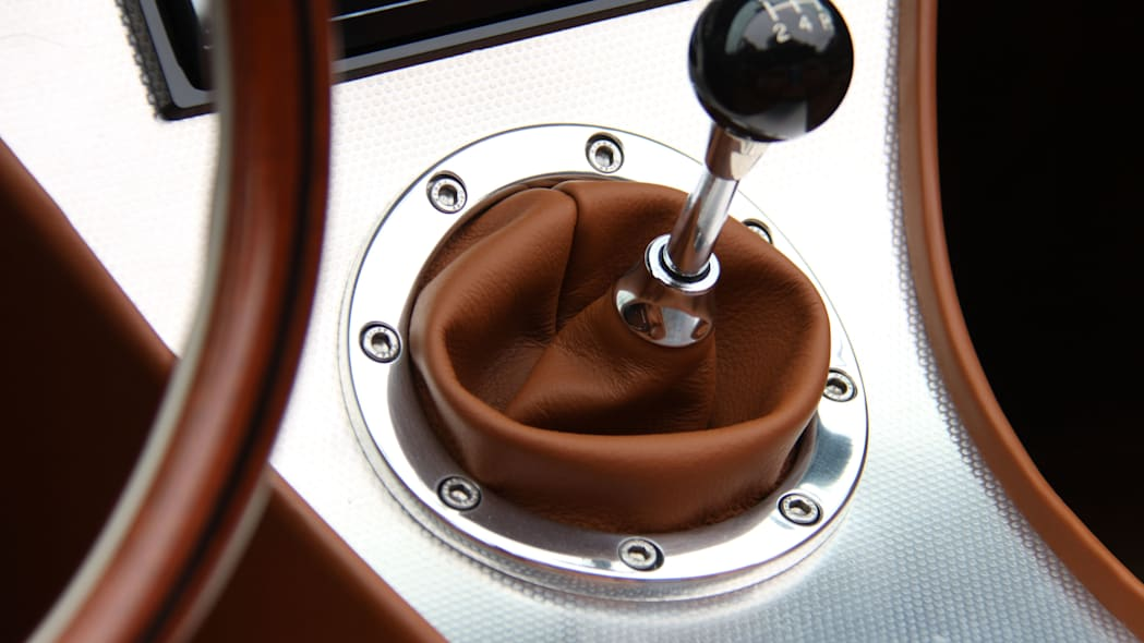 Eagle Spyder GT interior shifter