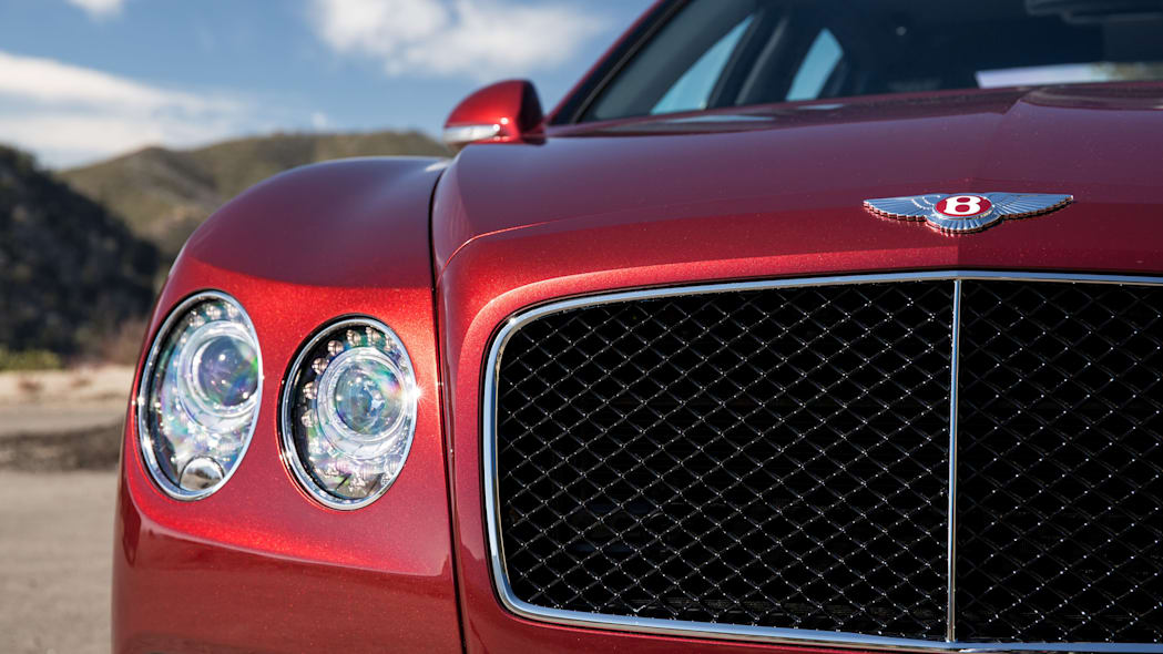 2016 Bentley Flying Spur V8 S front detail
