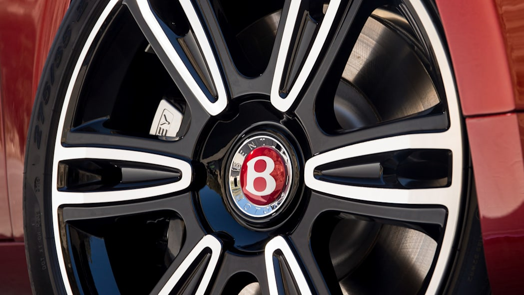2016 Bentley Flying Spur V8 S wheel detail