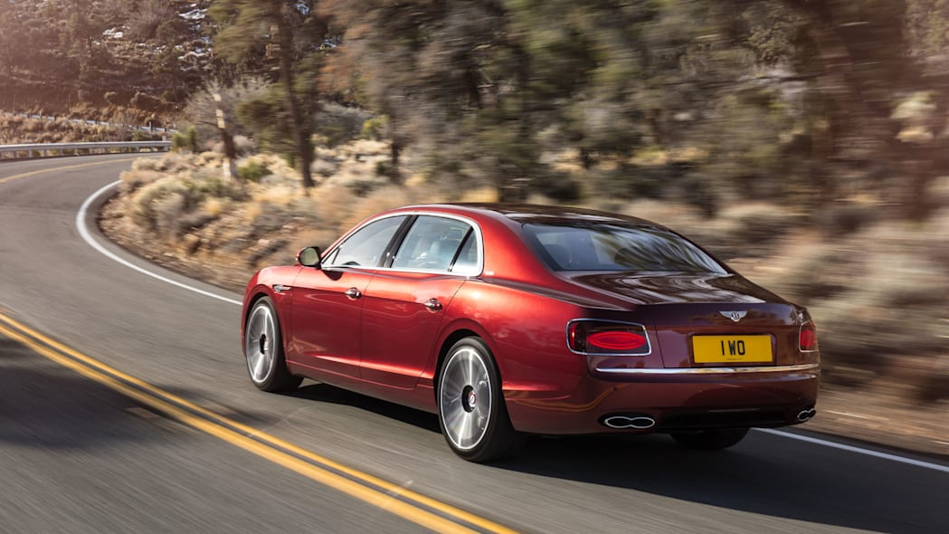 2016 Bentley Flying Spur V8 S rear 3/4