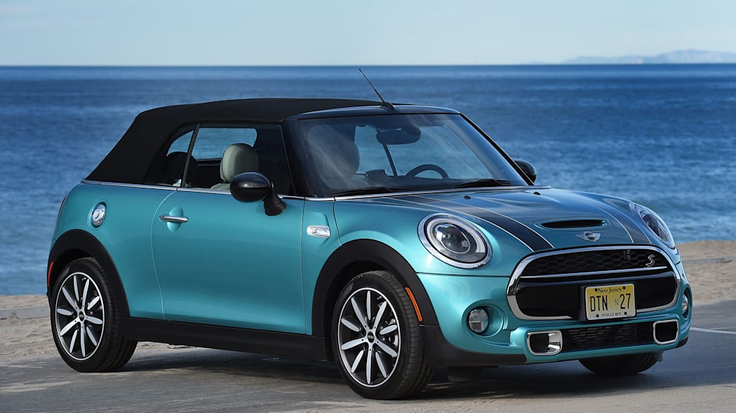 2016 Mini Cooper S Convertible front 3/4 view