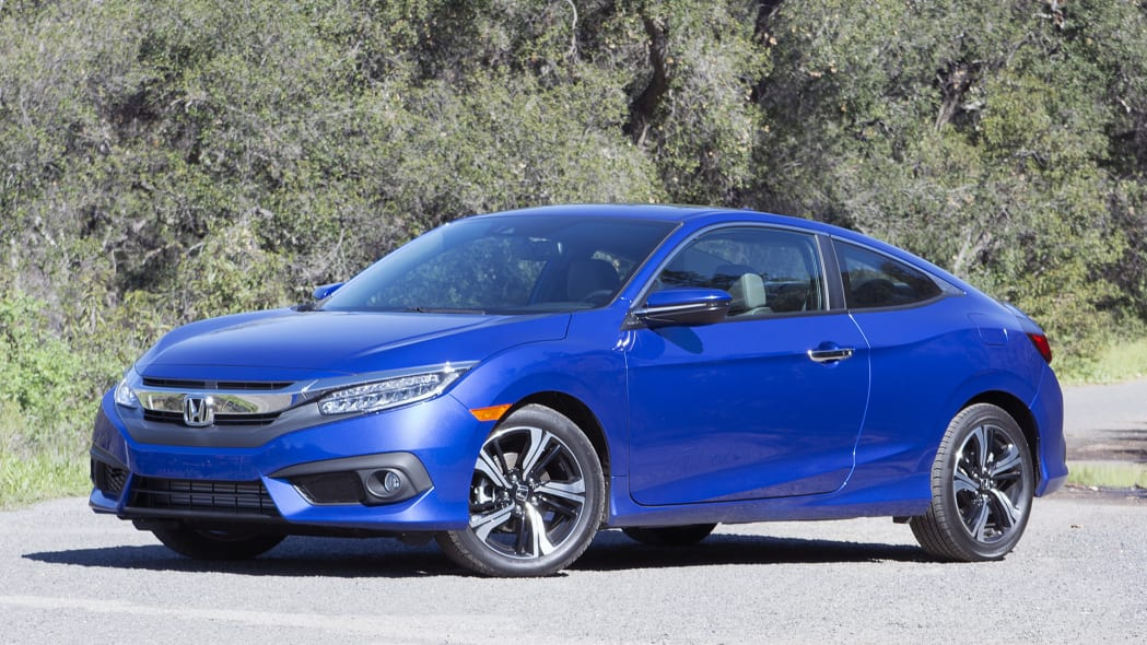 2016 Honda Civic Coupe front 3/4 view