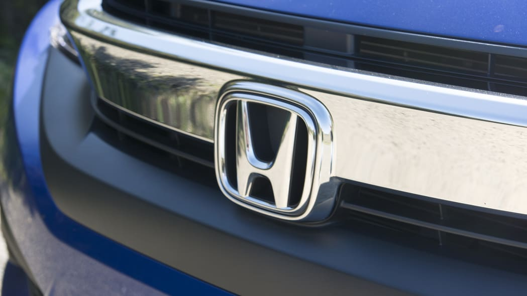 2016 Honda Civic Coupe grille