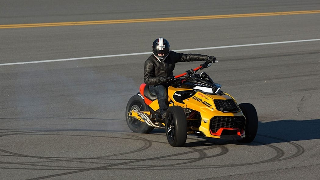 can-am spyder f3 turbo concept burnout