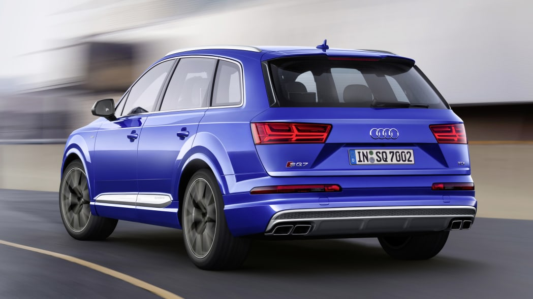 Audi SQ7 TDI off-road rear 3/4