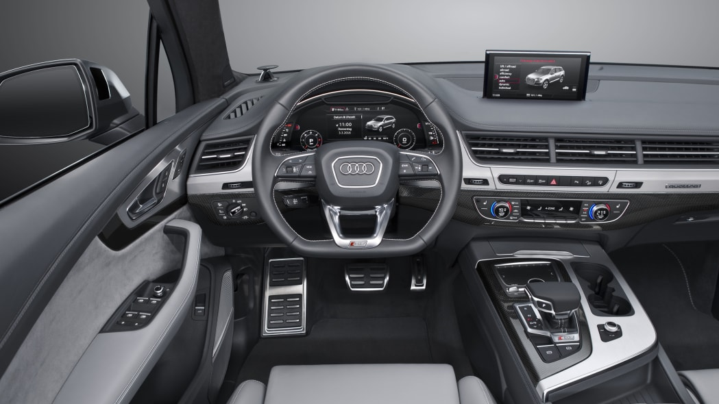Audi SQ7 TDI interior