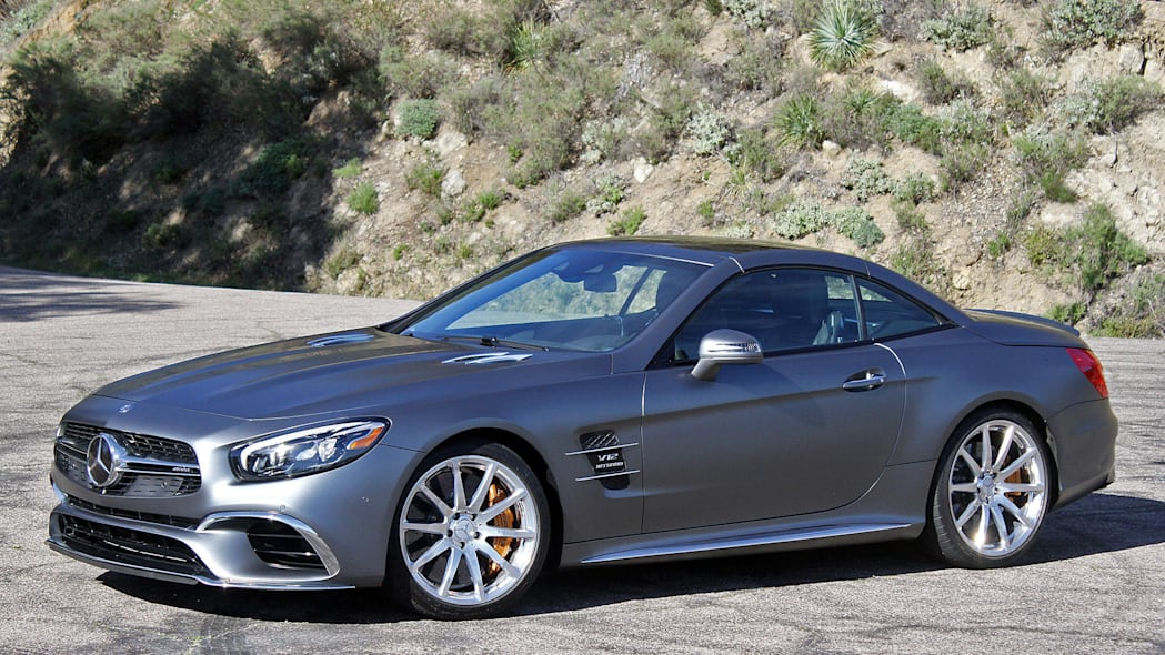 2017 Mercedes-AMG SL65 front 3/4 view