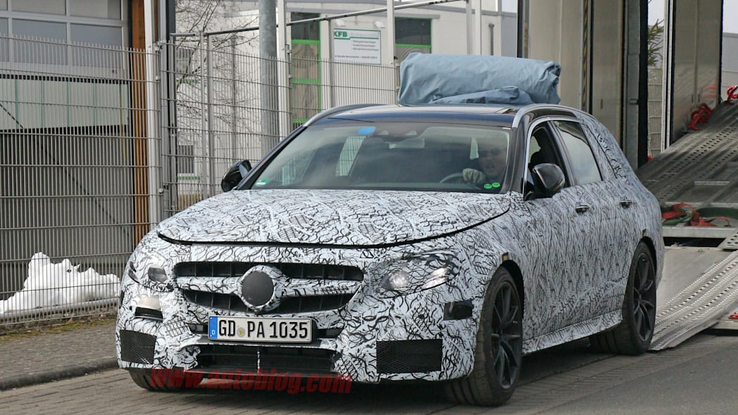 2017 Mercedes-AMG E63 Wagon spied front 3/4