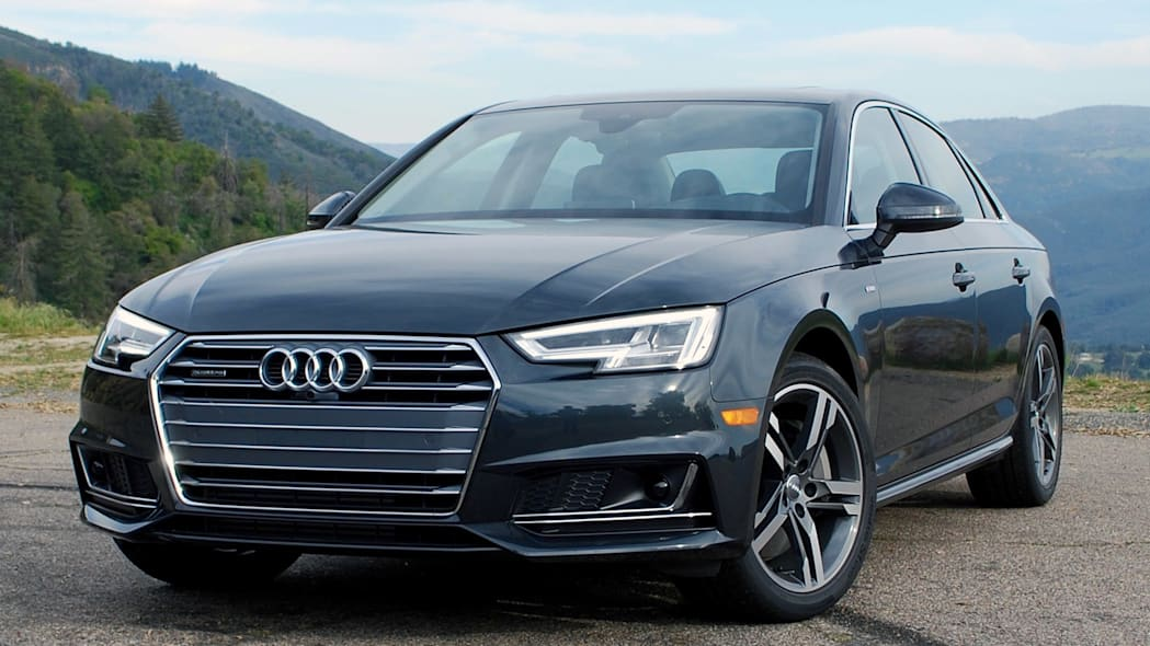 2017 Audi A4 front 3/4 view