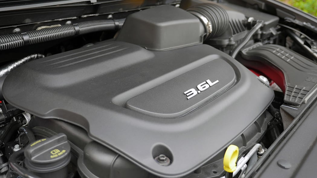 2017 Chrysler Pacifica engine