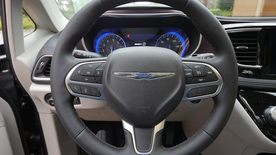 2017 Chrysler Pacifica steering wheel