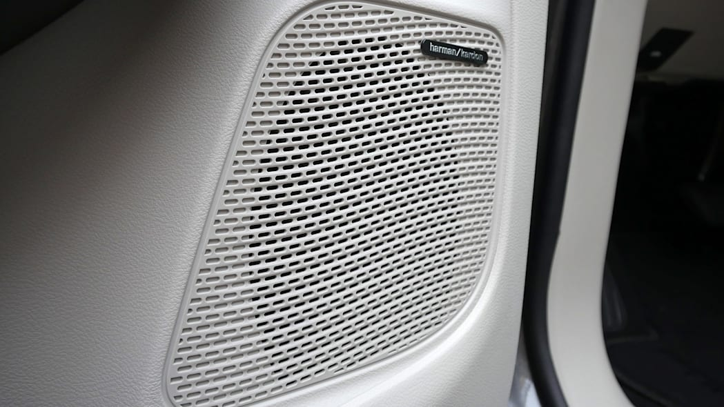 2017 Chrysler Pacifica door speaker