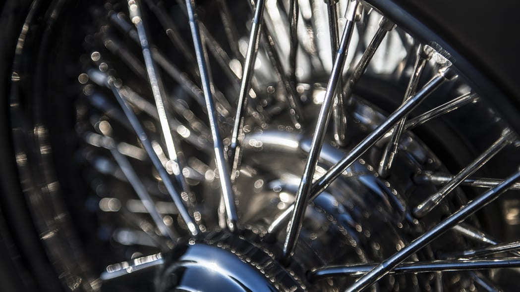 Hollywood Hot Rods 1932 Ford Roadster wheel spokes