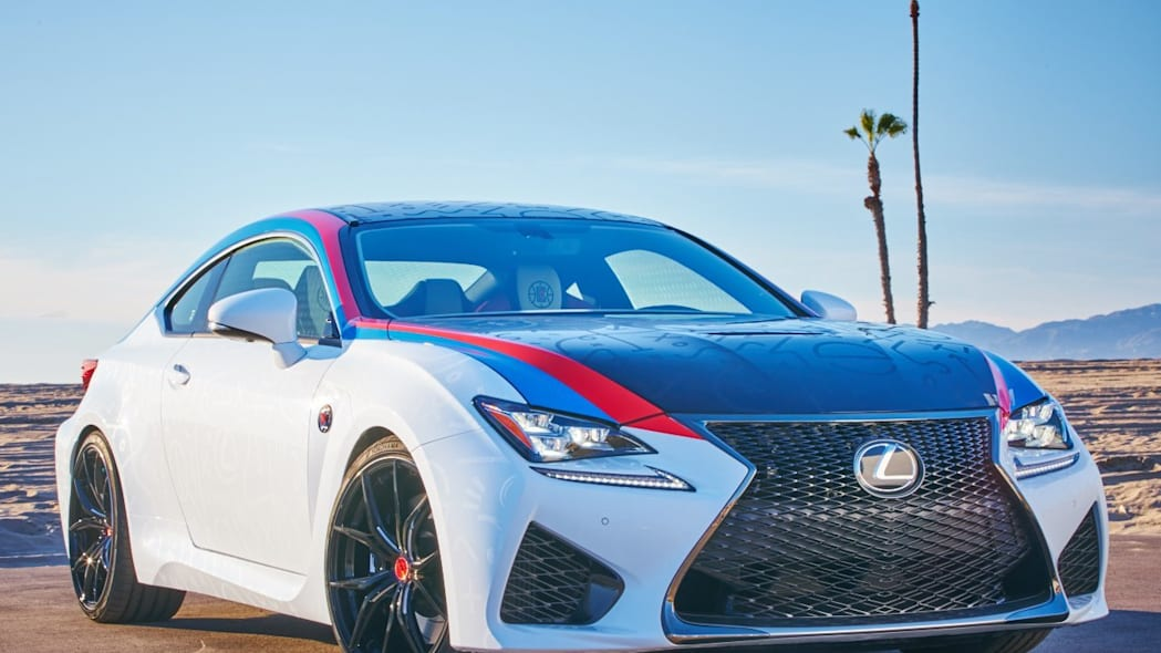 Lexus RC F Clippers Edition front 3/4