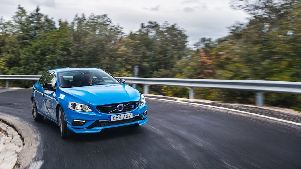 2017 volvo s60 polestar front three quarters