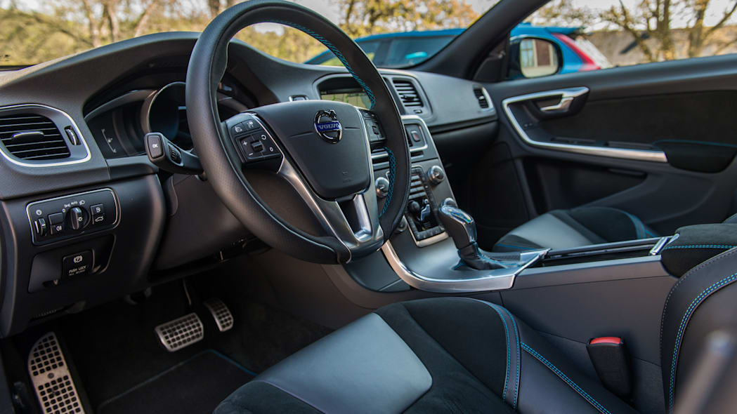 2017 volvo v60 and s60 polestar interior