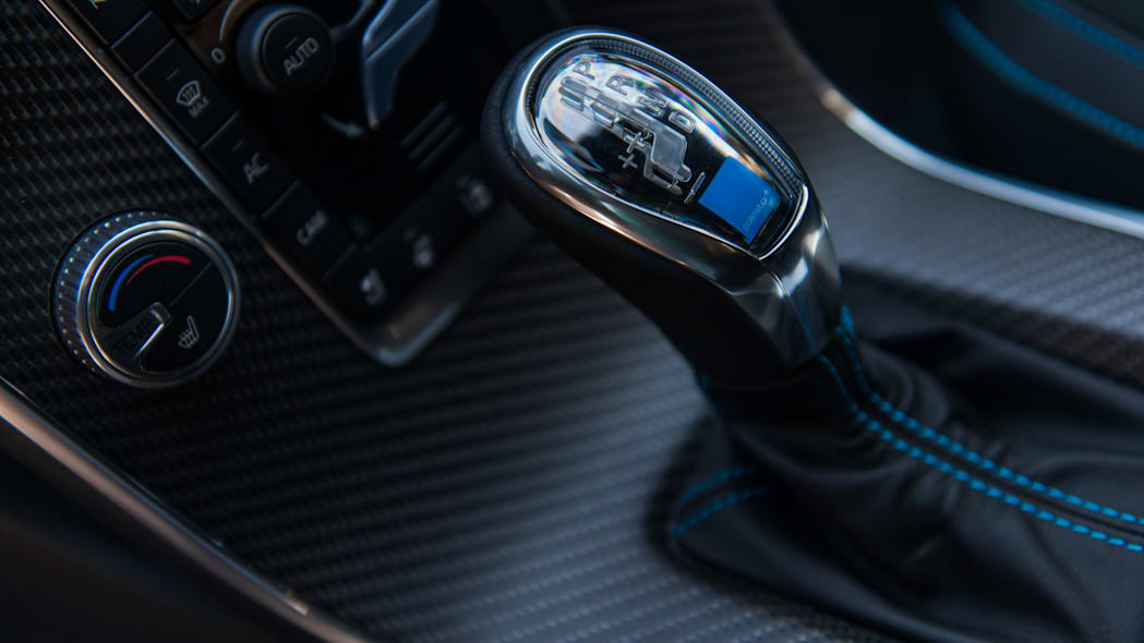 2017 volvo v60 and s60 polestar gearshift detail