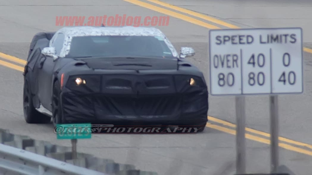 chevy camaro z28 spy shot at speed