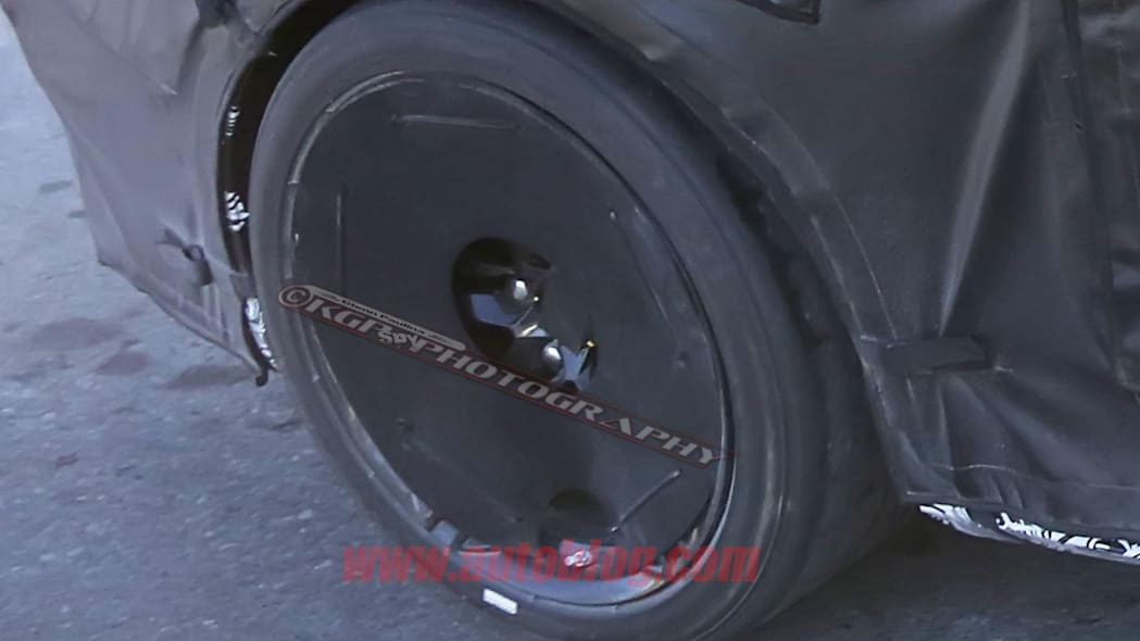 chevy camaro z28 spy shot wheel