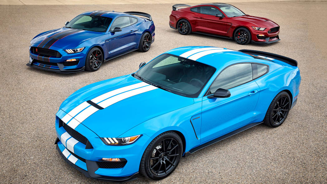 2017 Ford Shelby GT350 and GT350R Mustangs