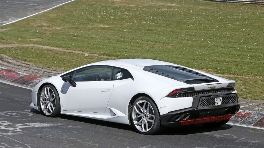 Lamborghini Huracan Superleggera prototype rear 3/4