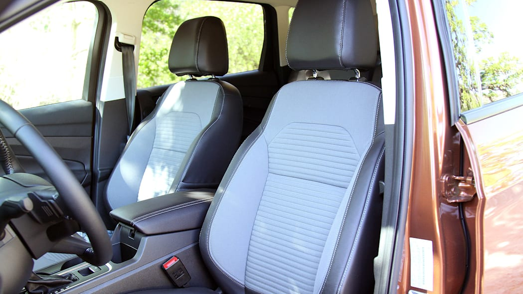 2017 Ford Escape front seats