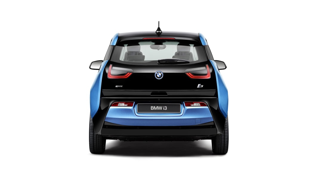 2017 BMW i3 rear view