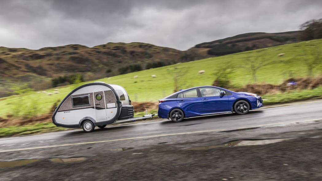 2016 Toyota Prius with trailer moving