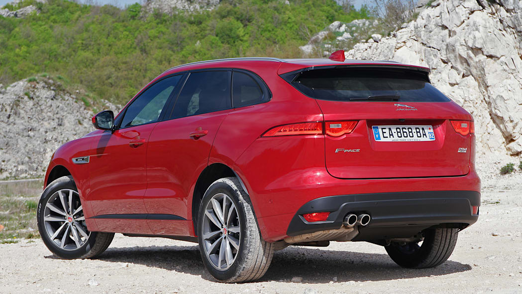 2017 Jaguar F-Pace rear 3/4 view