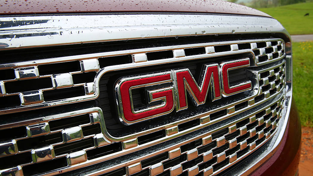 2017 GMC Acadia grille