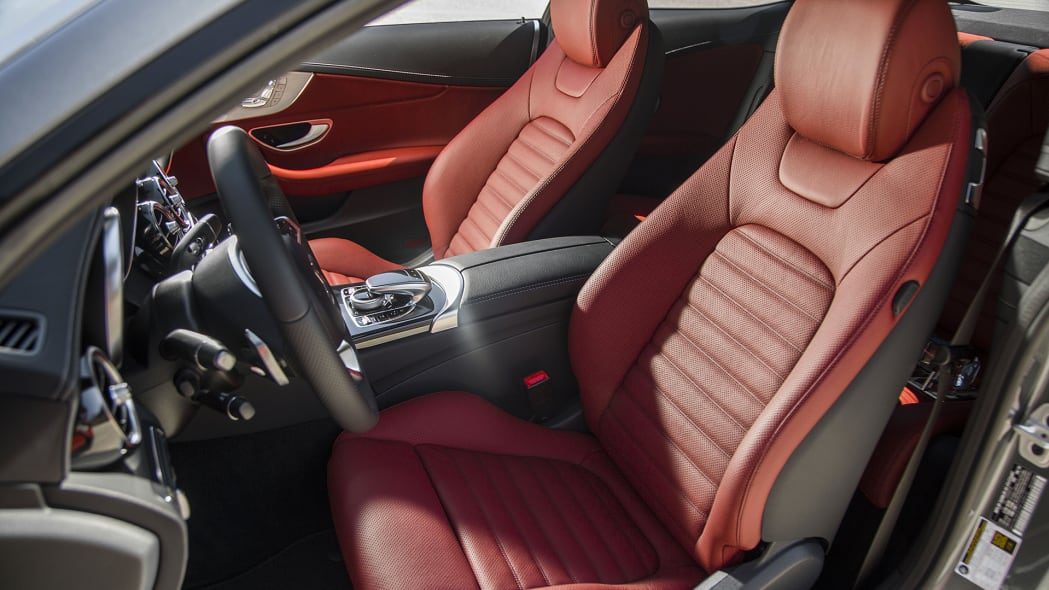 2017 Mercedes-Benz C300 Coupe front seats