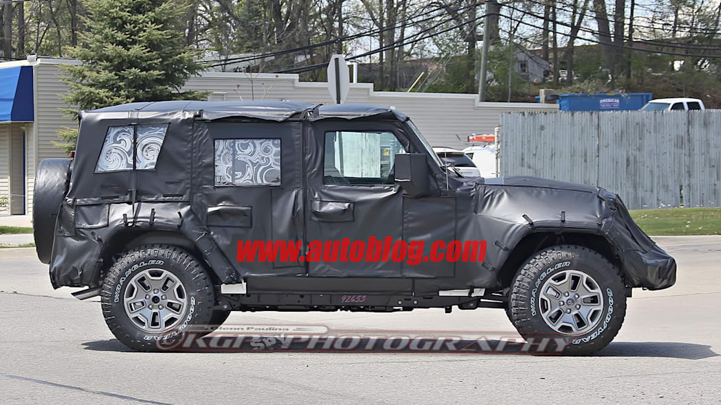 2018 jeep wrangler unlimited spy photo side