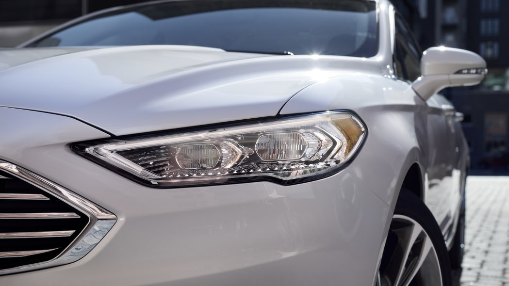 2017 Ford Fusion headlight