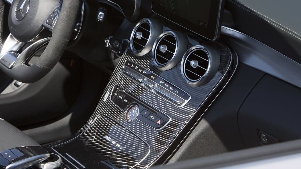 2017 Mercedes-AMG C63 S Cabriolet instrument panel