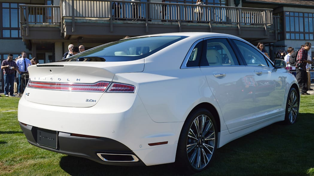 lincoln-mkz-blakc-label-live-12