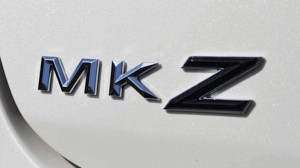 lincoln-mkz-blakc-label-live-13
