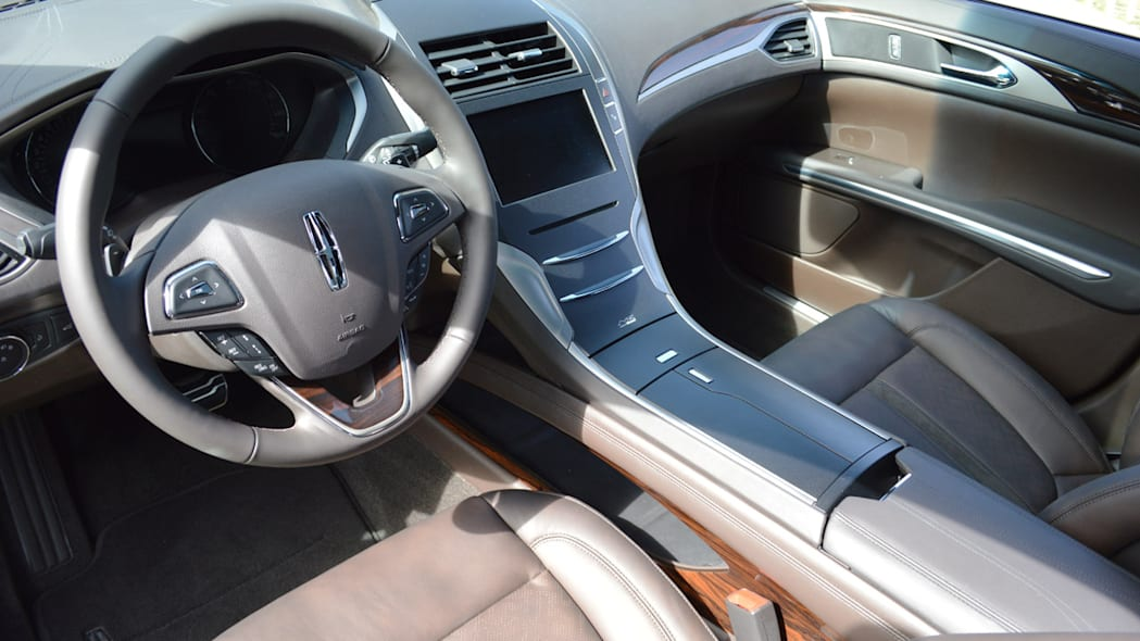 lincoln-mkz-blakc-label-live-25
