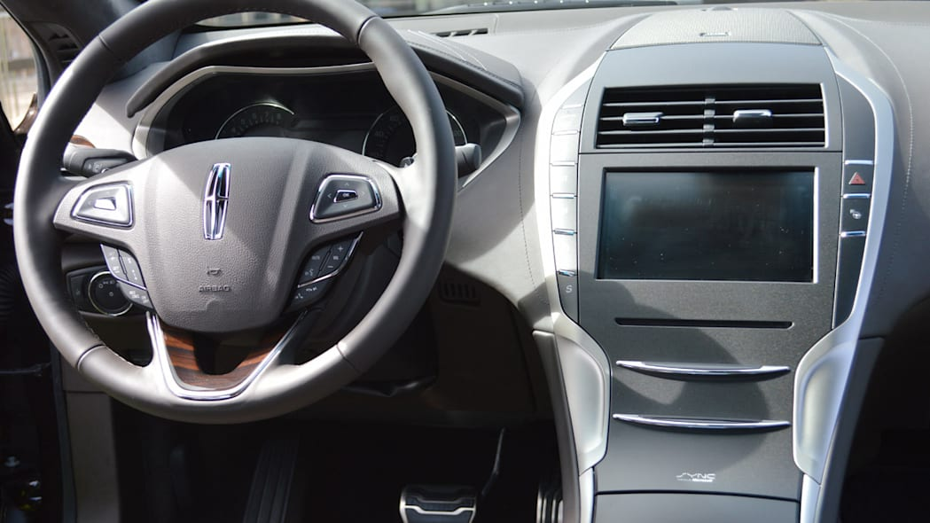 lincoln-mkz-blakc-label-live-26