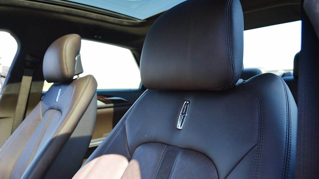 lincoln-mkz-blakc-label-live-28