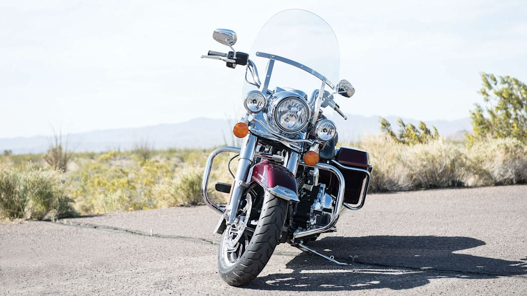2014-Harley-Davidson-Touring-Project-RUSHMORE-001