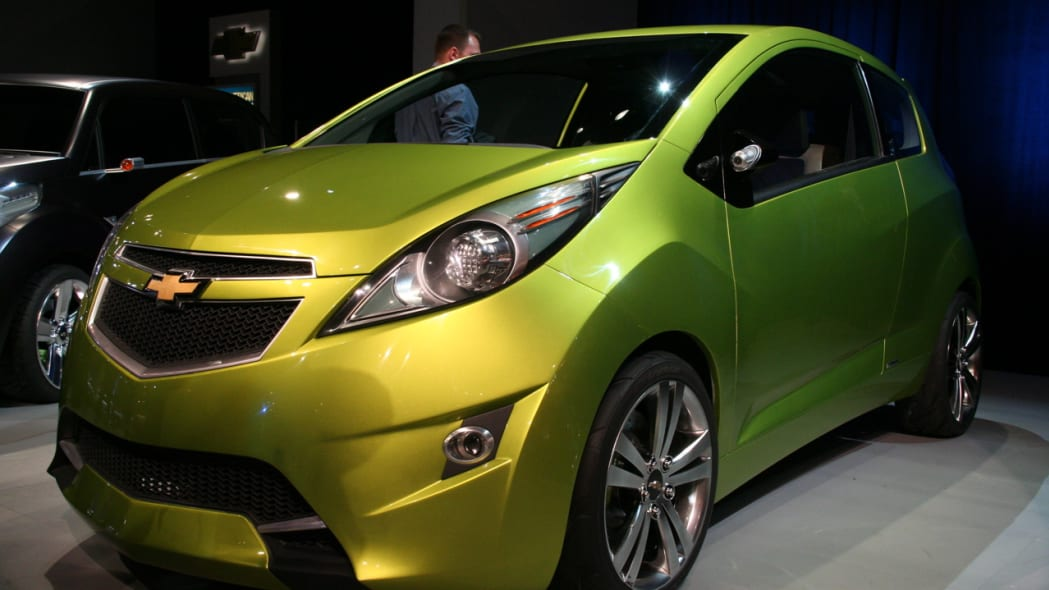 New York Auto Show: 2007 Chevy Beat Concept Photo Gallery ...