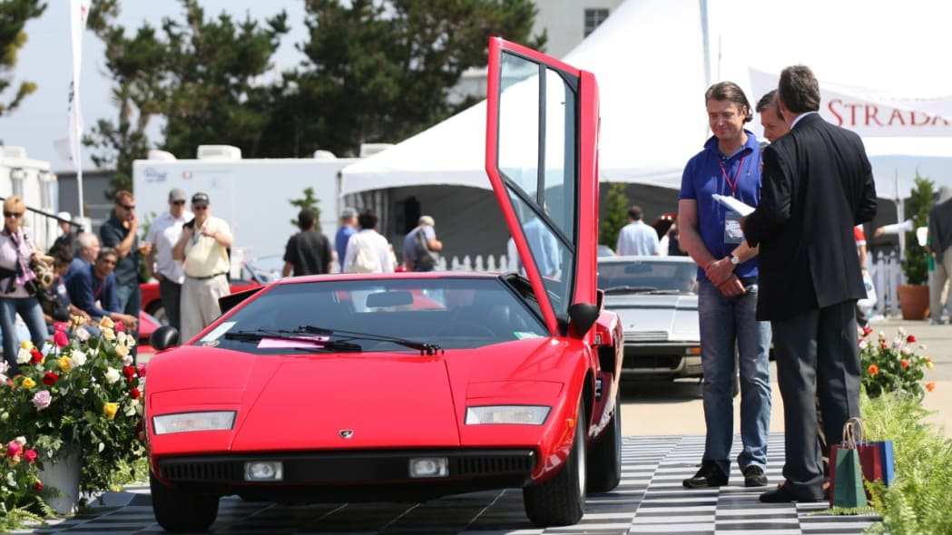 Early periscope Countach