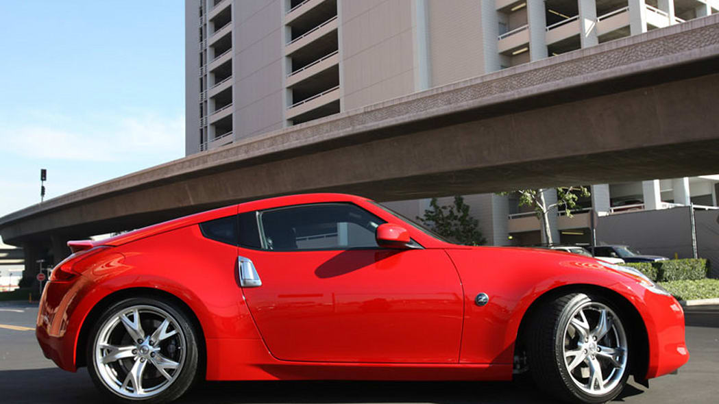 Nissan 370Z slips out ahead of early unveilings - Autoblog