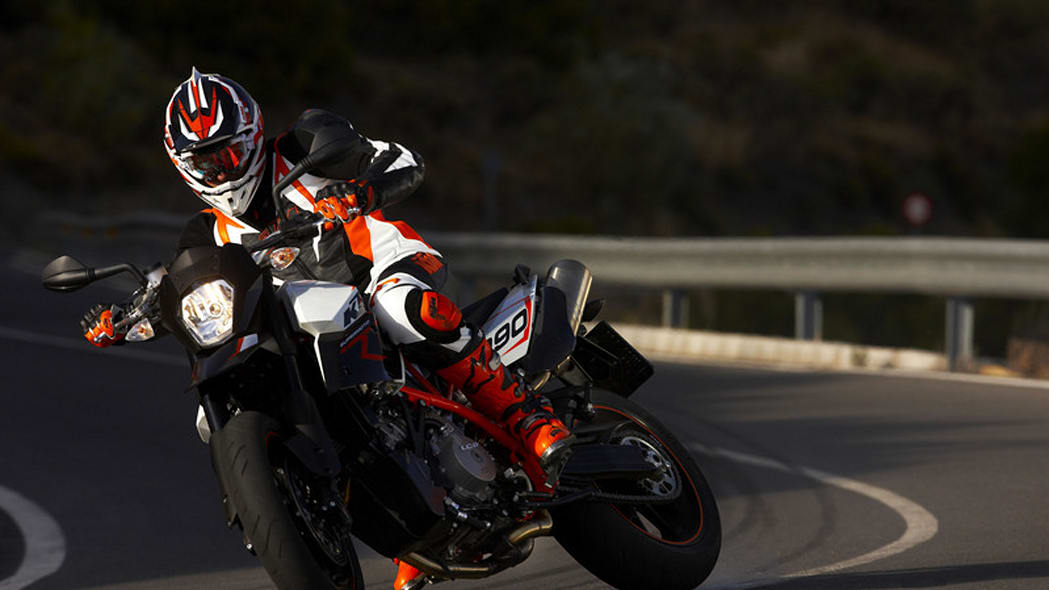 eicma 2008 ktm intoduces rc8 r supermoto t and r 990. Black Bedroom Furniture Sets. Home Design Ideas