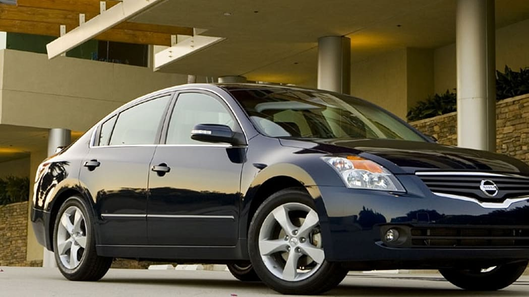 10: Nissan Altima - 10,828 sold