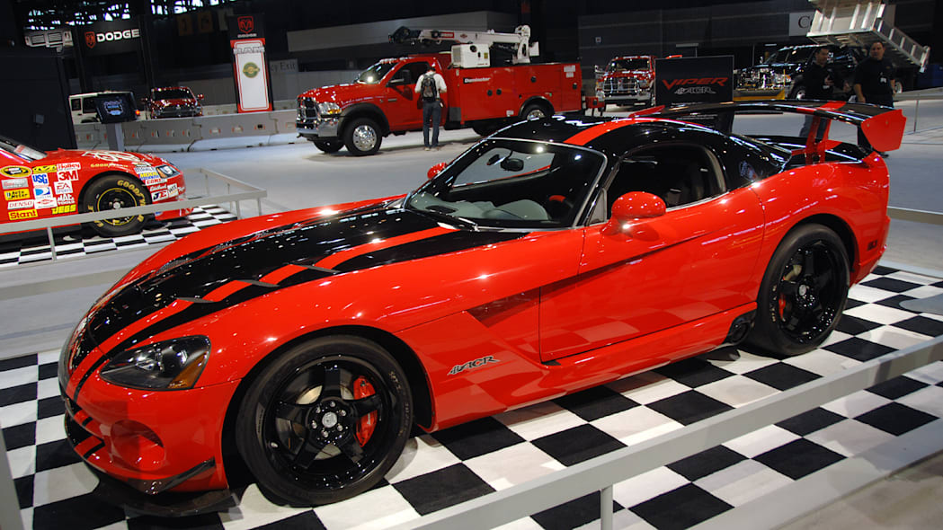 Nurburgring Record Breaking Dodge Viper ACR